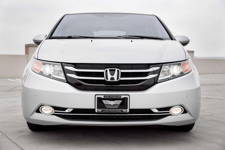 2015 Honda Odyssey Touring Elite Air Conditioning Multi-Zone AC Audio Auxiliary Audio Input A