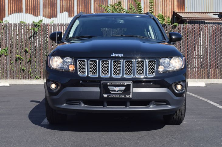 2017 Jeep Compass Latitude  Black Clearcoat TAKE ADVANTAGE OF OUR PUBLIC WHOLESALE PRICING GO