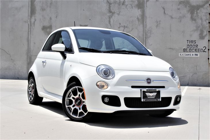 2015 FIAT 500 Sport Gas-Pressurized Shock Absorbers Passenger Capacity 4 Tires Tire Pressure M