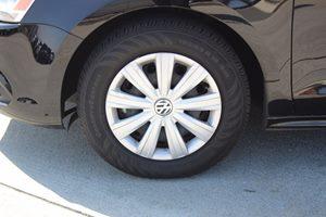2014 Volkswagen Jetta Sedan S Carfax 1-Owner - No AccidentsDamage Reported  Black Uni