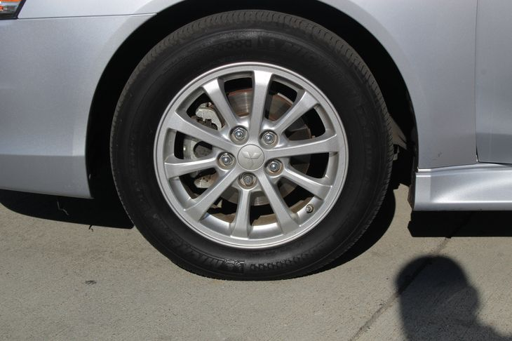 2013 Mitsubishi Lancer Sportback ES  Apex Silver Metallic 14911 Per Month - On Approved Credi