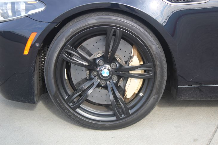 2014 BMW M5   Black TAKE ADVANTAGE OF OUR PUBLIC WHOLESALE PRICING GOING ON RIGHT NOW