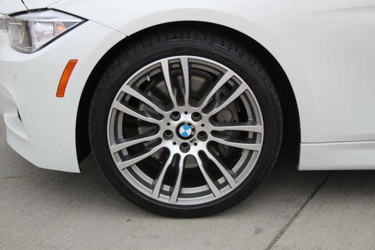 2015 BMW 3 Series 335i  White TAKE ADVANTAGE OF OUR PUBLIC WHOLESALE PRICING GOING ON RIGHT N