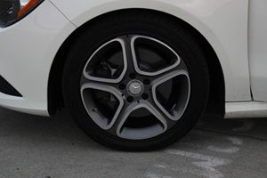 2014 MERCEDES CLA 250 CLA 250 Carfax Report - No AccidentsDamage Reported  Cirrus White