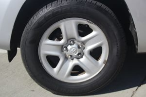 2011 Toyota RAV4 Base Carfax Report - No AccidentsDamage Reported  Classic Silver Metallic  W