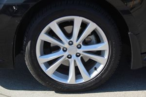 2014 Subaru Legacy 25i Premium Carfax Report - No AccidentsDamage Reported  Crystal Black Sil