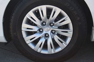 2012 Toyota Camry LE Carfax Report - No AccidentsDamage Reported  Super White  We are not res