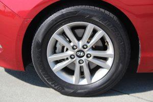2015 Hyundai Sonata SE  Venetian Red TAKE ADVANTAGE OF OUR PUBLIC WHOLESALE PRICING GOING ON