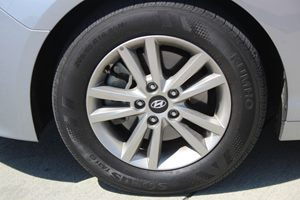 2015 Hyundai Sonata SE  Shale Gray Metallic          16918 Per Month - On Approved Credit