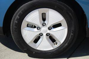 2015 Kia Soul EV EV  Carribean Blue wClear White Roo          16918 Per Month - On Approved
