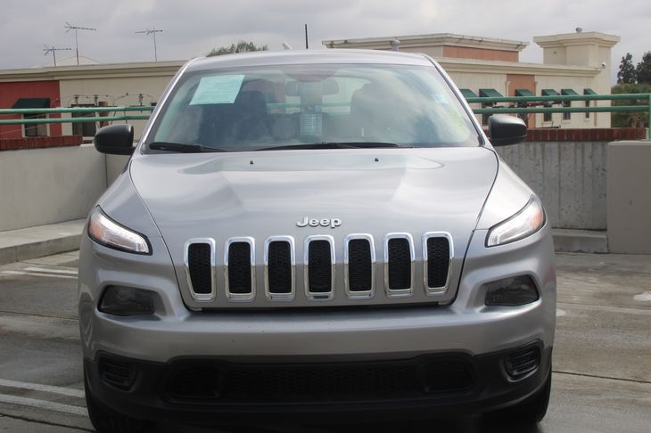 2016 Jeep Cherokee Sport  Gray 21724 Per Month - On Approved Credit      See our entire inve