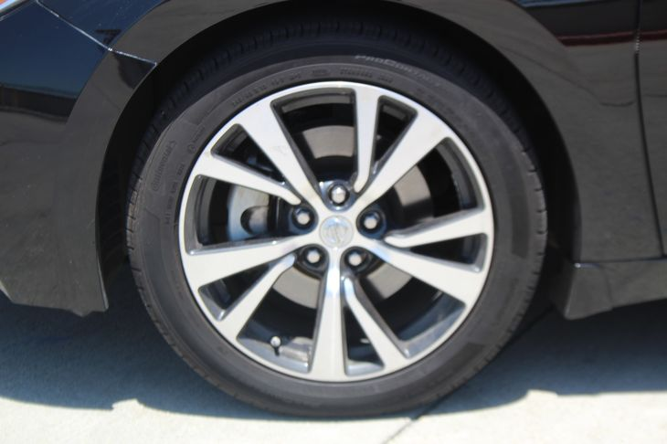 2017 Nissan Maxima Platinum  Black TAKE ADVANTAGE OF OUR PUBLIC WHOLESALE PRICING GOING ON RI