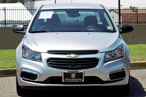 2015 Chevrolet Cruze LS Auto Carfax 1-Owner - No AccidentsDamage Reported Audio Auxiliary Audio