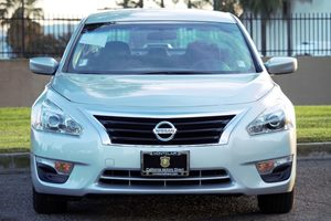 2014 Nissan Altima 25 S  Brilliant Silver Metallic  All advertised prices exclude government f