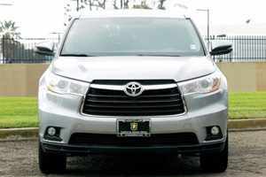 2014 Toyota Highlander XLE  Silver Sky Metallic  We are not responsible for typographical error