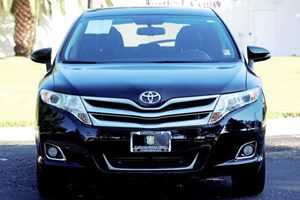 2014 Toyota Venza XLE Carfax 1-Owner  Attitude Black  We are not responsible for typographical
