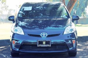 2014 Toyota Prius Two Carfax 1-Owner  Winter Gray Metallic  We are not responsible for typogra