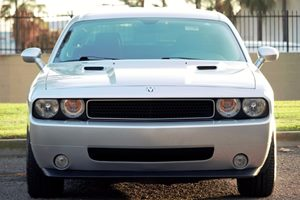 2010 Dodge Challenger RT Carfax Report  Bright Silver Metallic  We are not responsible for ty