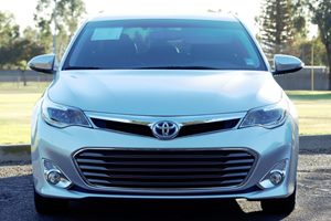 2014 Toyota Avalon Hybrid XLE Premium  Classic Silver Metallic  We are not responsible for typo