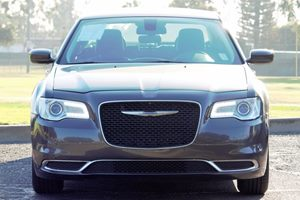2015 Chrysler 300 Limited Carfax 1-Owner - No AccidentsDamage Reported  Gray  We are not resp