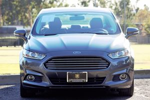 2015 Ford Fusion Energi SE Luxury Carfax 1-Owner - No AccidentsDamage Reported  Gray  We are