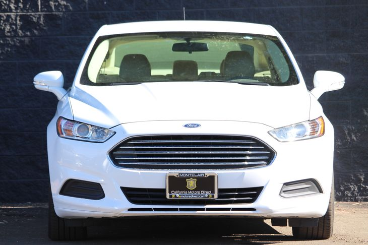 2015 Ford Fusion SE Engine 15L Ecoboost White All advertised prices exclude government fees a
