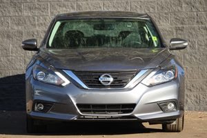 2016 Nissan Altima 25 SL Carfax 1-Owner  Gray  We are not responsible for typographical error