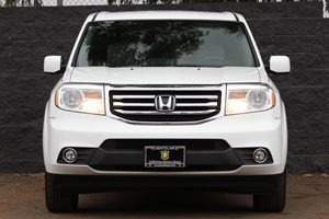 2015 Honda Pilot EX Carfax 1-Owner  Taffeta White  We are not responsible for typographical er