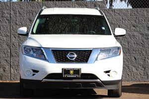 2016 Nissan Pathfinder SV Carfax Report - No AccidentsDamage Reported  White  We are not resp
