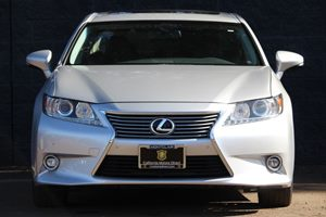 2014 Lexus ES 350 Base  Silver Lining Metallic  All advertised prices exclude government fees a