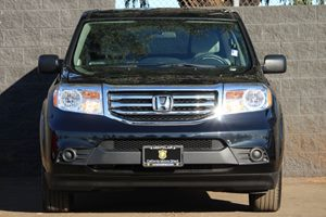 2015 Honda Pilot LX Carfax 1-Owner  Gray  We are not responsible for typographical errors All