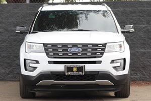 2017 Ford Explorer XLT Engine 23L I-4 Ecoboost White  We are not responsible for typographica
