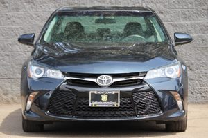 2015 Toyota Camry SE  Blue Crush Metallic All advertised prices exclude government fees and tax