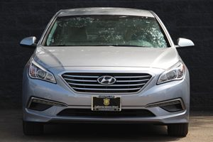 2015 Hyundai Sonata SE  Shale Gray Metallic  All advertised prices exclude government fees and