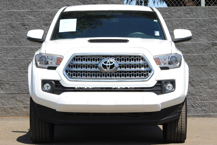 2017 Toyota Tacoma TRD Sport  Super White All advertised prices exclude government fees and tax