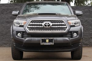 2016 Toyota Tacoma TRD Sport  Magnetic Gray Metallic DONT MISS OUT ON OUR SALES GOING ON    C