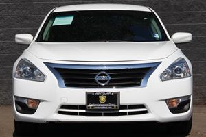 2015 Nissan Altima 25 S  White DONT MISS OUT ON OUR SALES GOING ON    COME CHECK OUT OUR PEA