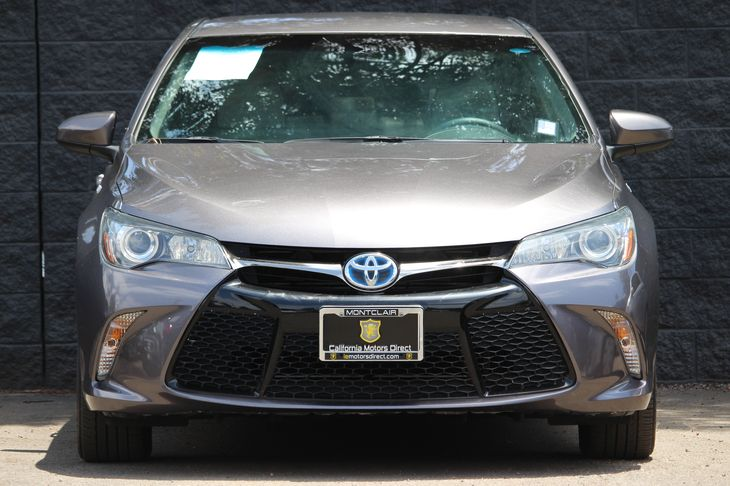 2015 Toyota Camry Hybrid SE  Gray All advertised prices exclude government fees and taxes any