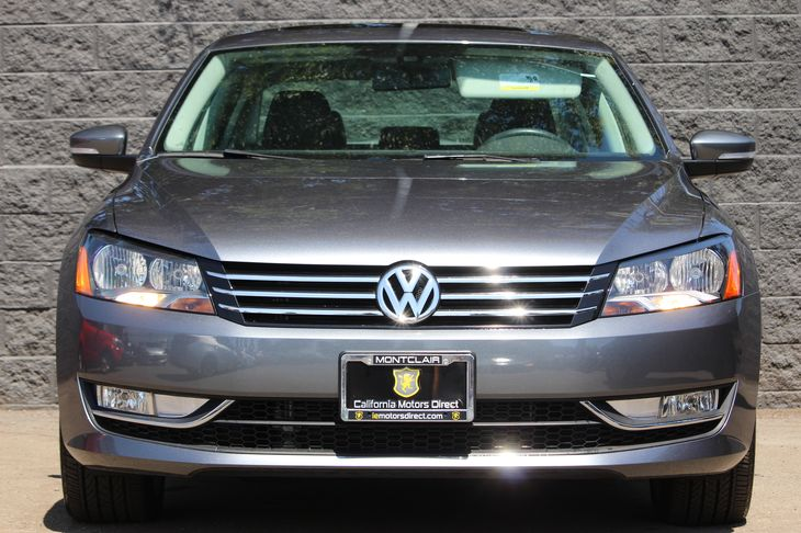 2015 Volkswagen Passat SE PZEV  Platinum Gray Metallic All advertised prices exclude government