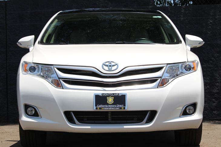 2015 Toyota Venza XLE  White All advertised prices exclude government fees and taxes any finan