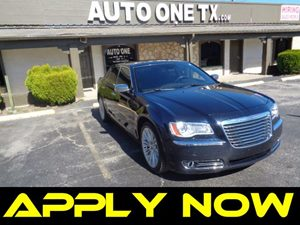 2011 Chrysler 300 300C Carfax Report Audio Auxiliary Audio Input Audio Cd Player Audio Mp3 P