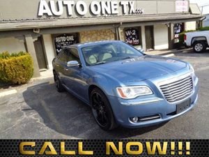 2011 Chrysler 300 Limited Carfax Report 6040 Folding Rear Bench Seat 8-Way Pwr Driver Seat 84