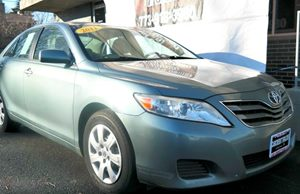 2011 Toyota Camry LE Carfax Report Audio  Auxiliary Audio Input Audio  Cd Player Convenience