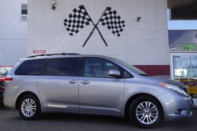 2011 Toyota Sienna XLE Audio  Auxiliary Audio Input Audio  Cd Player Audio  Mp3 Player Audio