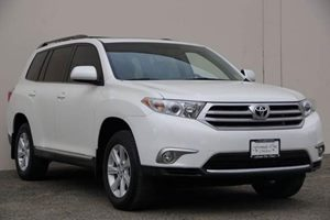 2012 Toyota Highlander  Carfax Report Audio  Auxiliary Audio Input Audio  Cd Player Audio  M