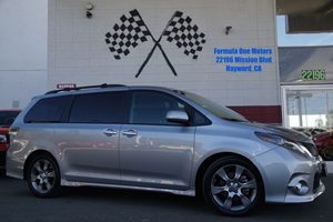 2015 Toyota Sienna SE Carfax Report Audio Auxiliary Audio Input Audio Cd Player Audio Entert