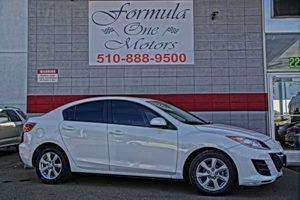 2010 Mazda Mazda3 i Touring Carfax Report 6040 Split Fold-Down Rear Seat Audio  Auxiliary Audi