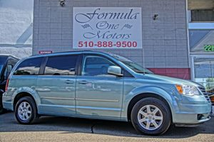 2010 Chrysler Town  Country Touring 6 Speakers Air Conditioning Multi-Zone AC Audio Auxili