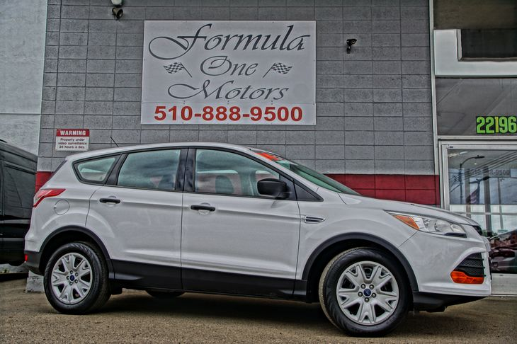 2014 Ford Escape S 4-Way Passenger Seat -Inc Manual Recline And ForeAft Movement Audio  Auxili