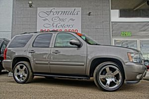 2007 Chevrolet Tahoe LTZ Audio System With Navigation AmFm Stereo Rearview Camera System Gray
